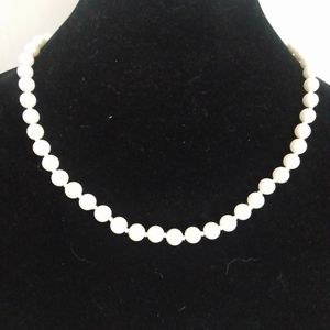 J. Crew White Glass Pearl Ribbon Necklace NWT